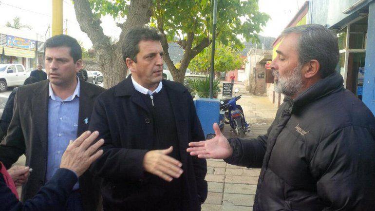 Massa visitó la provincia de La Rioja acompañado por los intendentes de Famatina