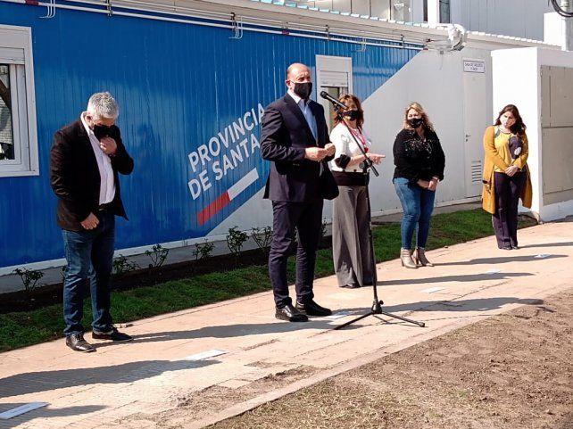 Perotti dejó inaugurado el nuevo Hospital Modular en Villa Constitución.