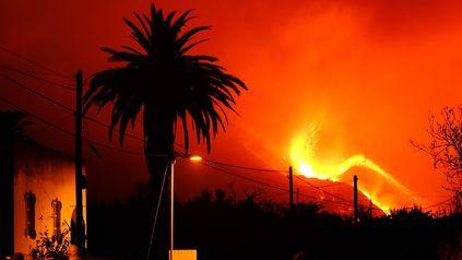 La erupción del volcán lleva 24 días y ha durado más que la anterior en La Palma, en 1971.