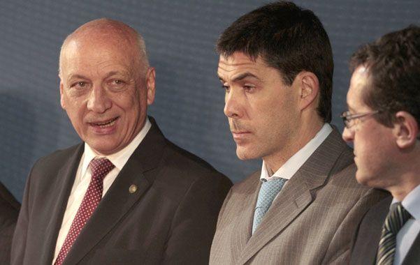 Bonfatti echó mano a la ley orgánica de municipalidades para llamar a elegir al reemplazante de Ramos.