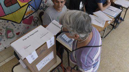 Las autoridades evalúan distintas medidas para evitar contagios de Covid-19 en las próximas elecciones.