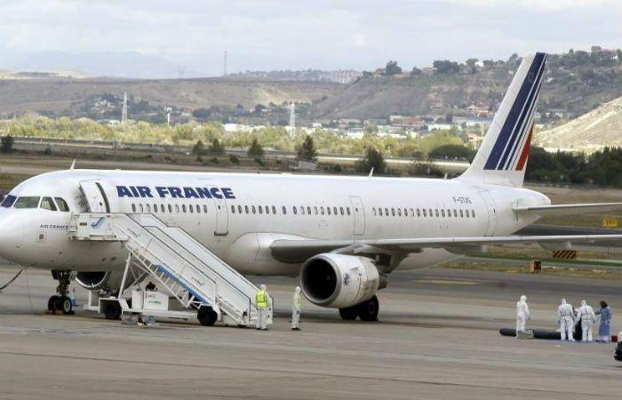 Encuentran el cadáver de un hombre en el tren de aterrizaje de un avión de Air France