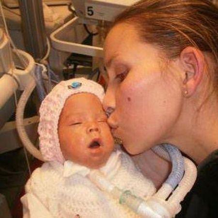 La bebé y su mamá