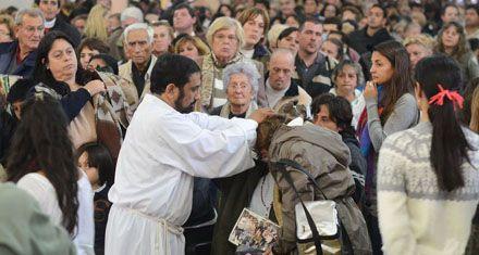 Paraná respondió a Ignacio: unos 50 mil fieles acudieron a su prédica