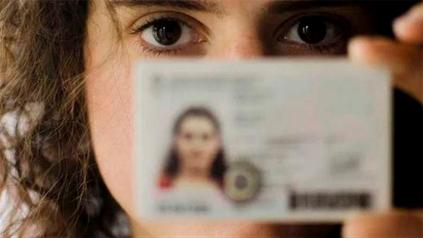 Identidad y derechos. Ahora se podrán rectificar los datos volcados a la documentación del Ministerio de Educación.