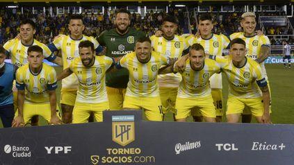 Arriba: Almada, Martínez, Broun, Ojeda, Lo Celso y Avila. Abajo: Infantino, Gamba, Vecchio, Ruben y Blanco.