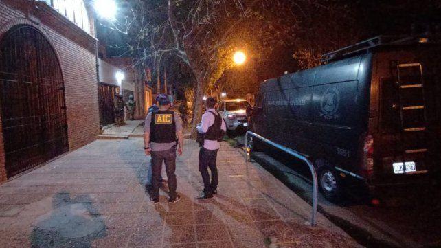 Crimen del Oso Cejas: seis allanamientos en busca de implicados