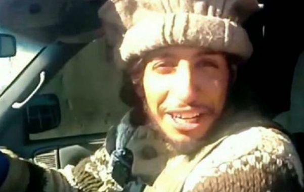 """El joven terrorista se jactó de haber arrastrado cadáveres de """"apóstatas"""""""
