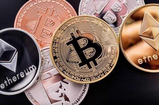 El bitcoin tuvo una caída repentina del 14 por ciento y arrastró al resto de las criptomonedas