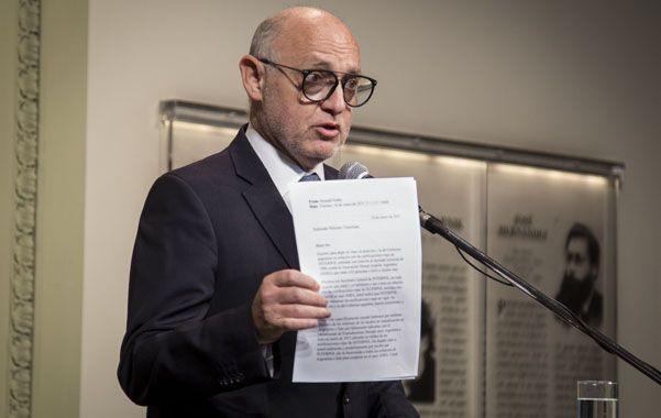 Tienes un email. Timerman volvió a convertirse en el vocero del gobierno y defendió lo actuado en el tema Amia.
