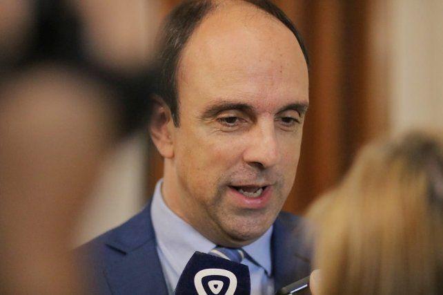 En la ruta. Corral quiere ser la voz de los santafesinos en el Senado de la Nación.