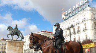 España decreta el toque de queda en todo su territorio para frenar al Covid