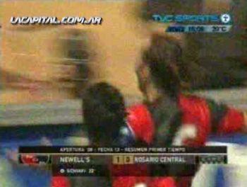 La alegría es sólo rojinegra: Newells ganó el clásico y Central se hunde más