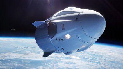 Por primera vez, un cohete orbitará la Tierra solamente con turistas