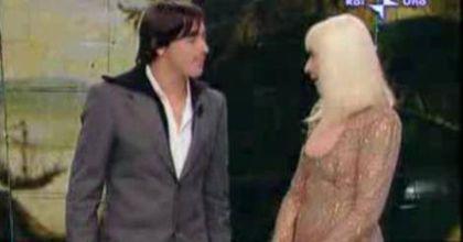 Lavezzi fue el invitado especial en el programa de Rafaella Carra