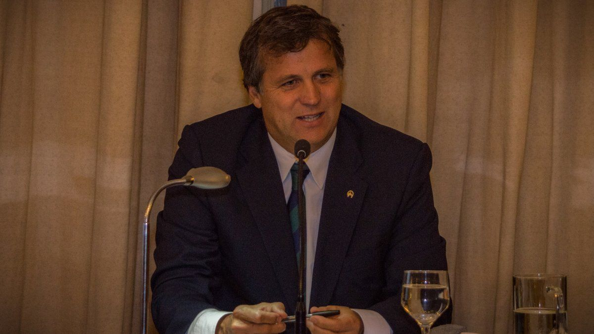 Dr. Charles B. Roberts