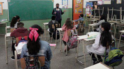 Las clases en Santa Fe se dictan combinando presencialidad y clases a distancia.