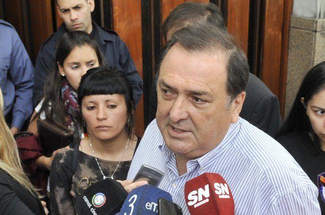 Ratner expresó su preocupación por la embestida de Frigerio para reducir la planta municipal