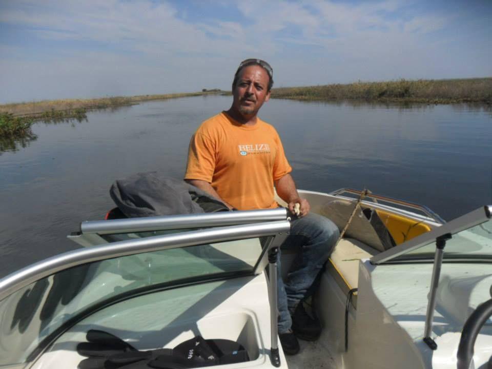 experto. Alfredo es un hábil navegante y trabajador marítimo.