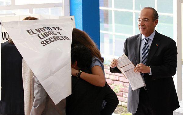 Vota el presidente azteca Felipe Calderón