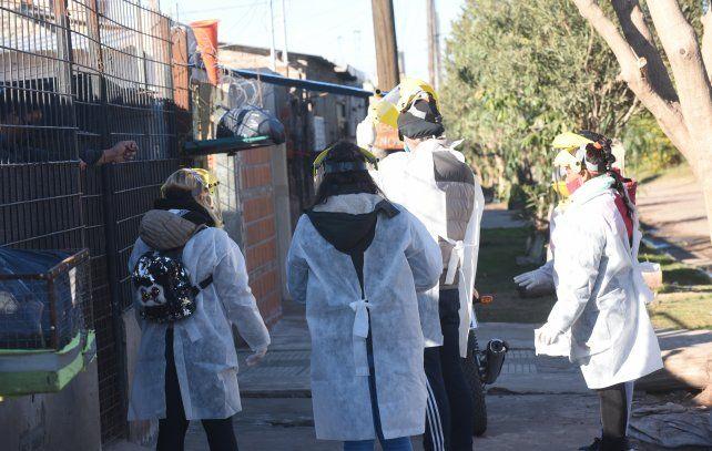 En menos de un mes se duplicaron los testeos de detección en los barrios