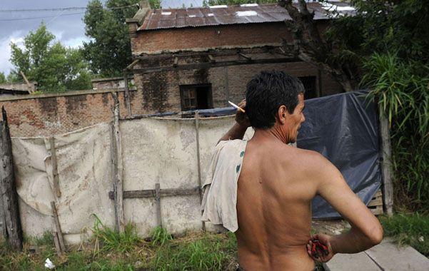 La casona. La vieja construcción donde está la pileta de lona. (foto: H. Rio)