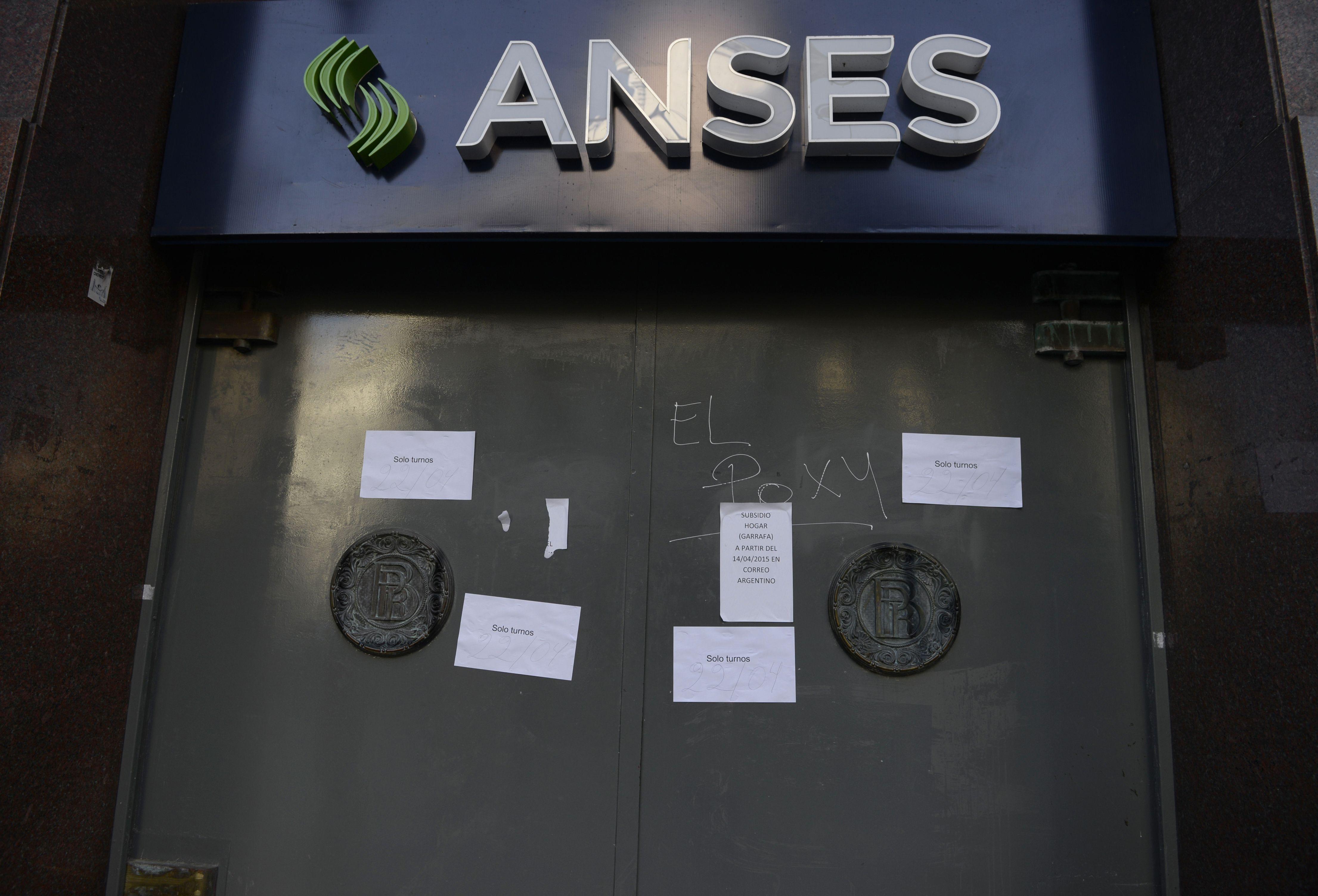 conflicto. Los trabajadores de la Ansés reclaman mejoras laborales.
