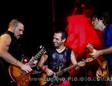 Un integrante del grupo Los Piojos dejó sorpresivamente a la banda