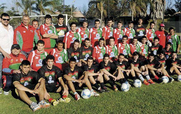 Aguirre prepara su estreno en el  torneo Argentino B. Debutará el domingo como visitante frente a Aprendices Casildenses.