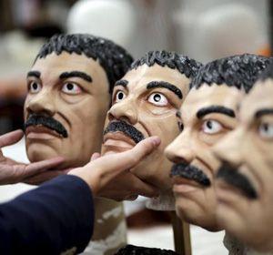 La máscara del Chapo Guzmán se consigue a un precio de entre 11 y 14 dólares.