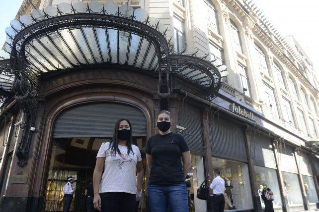 Una esquina que cambiará su fisonomía. Falabella anunció el cierre y el despido de 110 trabajadores y trabajadoras de su sucursal en Rosario.