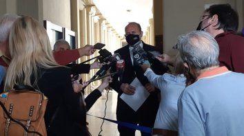 Perotti hizo declaraciones en la capital provincial al cabo de una reunión con los ministros de la Corte santafesina