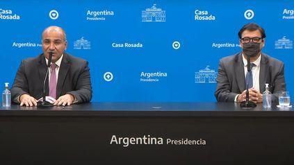 El jefe de Gabinete, Juan Manzur, y el ministro de Trabajo, Claudio Moroni, hicieron el anuncio de la suba del salario.