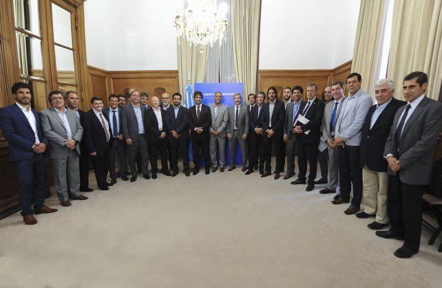Las provincias le piden al Congreso posponer el tratamiento del proyecto sobre Ganancias