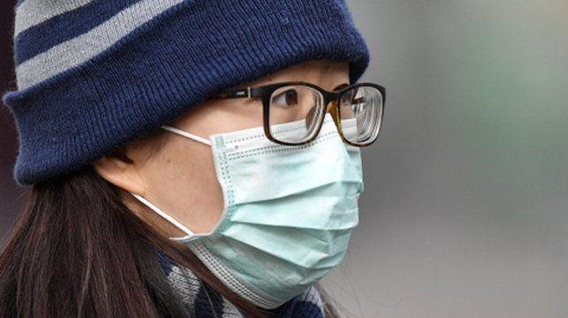 covid-19. Se reportaron casi nueve veces más casos fuera de China que dentro del país en las últimas 24 horas.