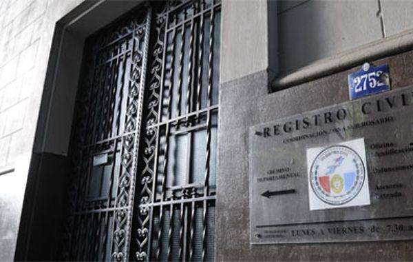 Los empleados del Registro Civil comenzarán mañana con 72 horas de medida de fuerza.