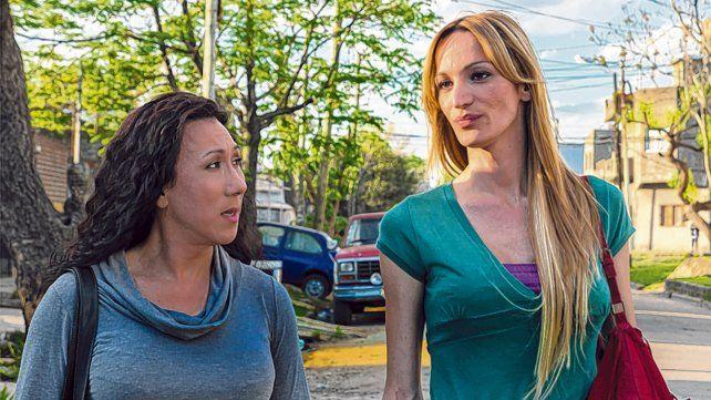 Resistir para seguir. Las protagonistas son amigas trans que deben luchar contra los prejuicios sociales.