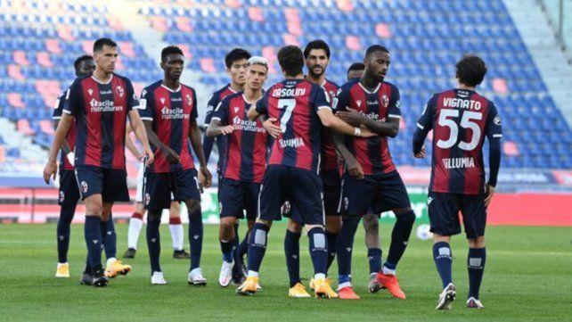 La victoria de Bologna se resolvió en dos minutos por los goles de Emanuel Vignato y Riccardo Orsolini