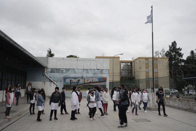 Las clases presenciales en escuelas primarias vuelven desde el lunes en Rosario y la provincia