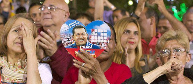 Partidarios de Chávez durante una ceremonia en su honor en Caracas. Las autoridades cancelaron los festejos de fin de año
