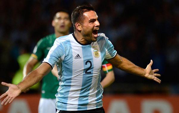 Súper Mercado. El lateral derecho argentino grita con todo su gol