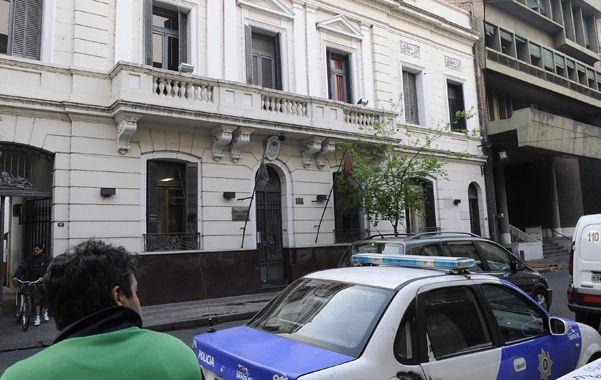 Seccional. La comisaría de Paraguay al 1100 de donde escapó el acusado.