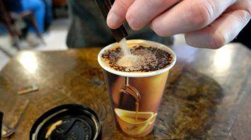 Cuidado con los cafés en la oficina parece ser la moraleja.