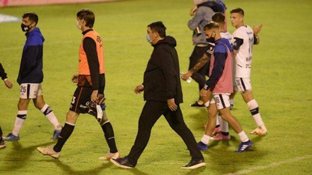 Esta vez sin nada. Germán Burgos se retira detrás de Mauro Formica
