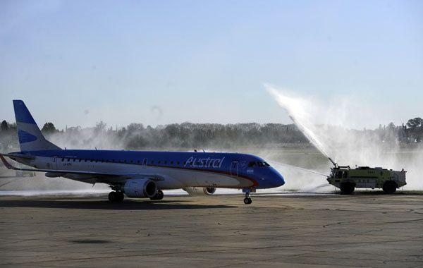 Todos los vuelos de Austral y Aerolíneas Argentinas mañana operarán con normalidad en sus horarios habituales