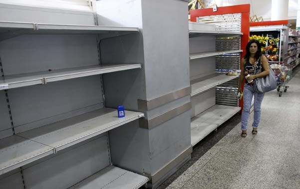 Vacío total. Un supermercado del centro de Caracas