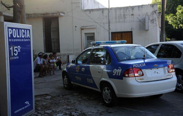 Ya fueron recapturados 15 de los 32 reclusos que se escaparon el último domingo de seccional 15ª. (foto: Sebastián Suárez Meccia)