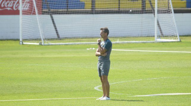 Diego Cocca entrenando en en Central a comienzos de año.
