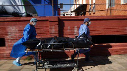 Rosario registra 1.166 decesos desde el inicio del 2021, y 2.735 víctimas fatales desde que comenzó la pandemia.