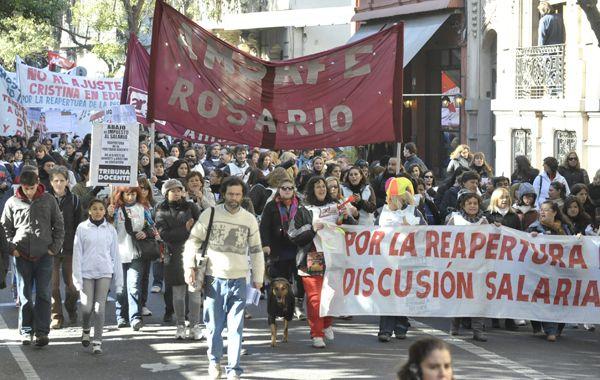 Los docentes piden la reapertura de la discusión salarial. (Foto: S. Suárez Meccia)
